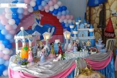 Decoração-Infantil-Princesa-Arcos-e-caminho-05
